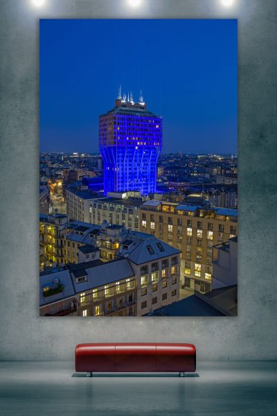 torre velasca blu, milano, dearmilano.it, milano by night